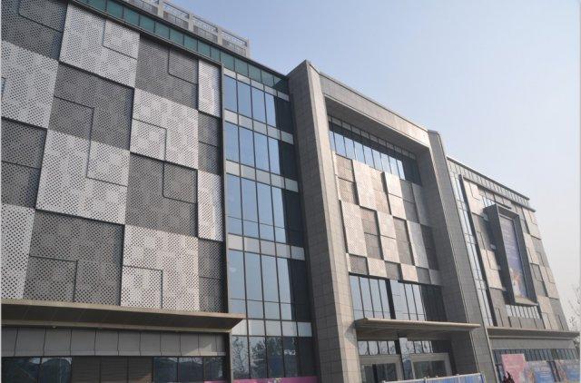 富隆商业中心