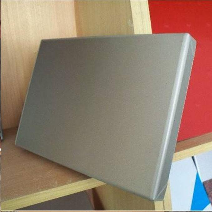 穿孔铝单板厂家介绍环保铝单板产品具有的